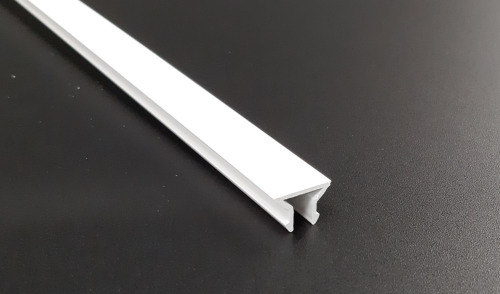 Clip de rive PVC Blanc 18 mm/ml